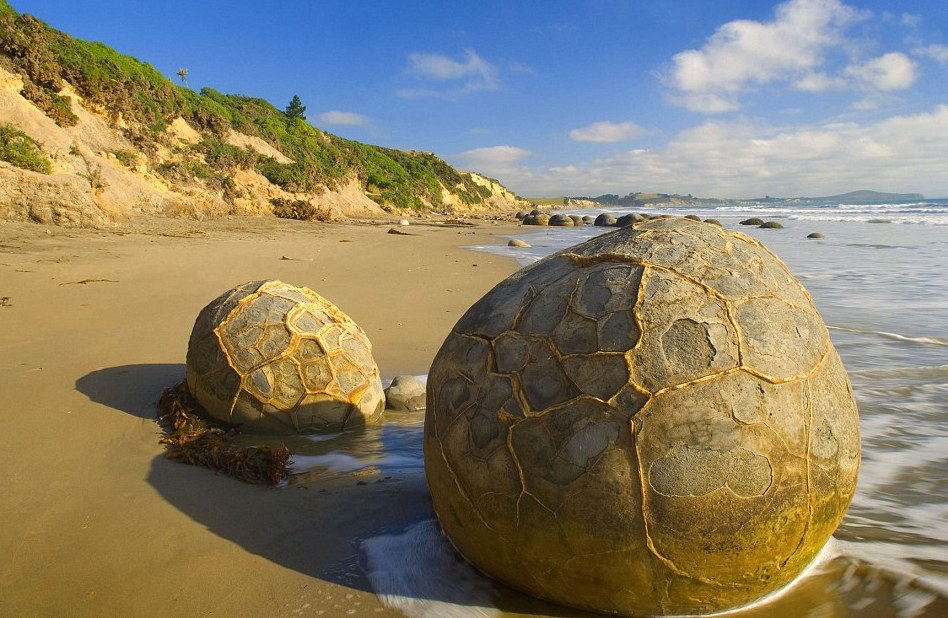moearaki boulders 3