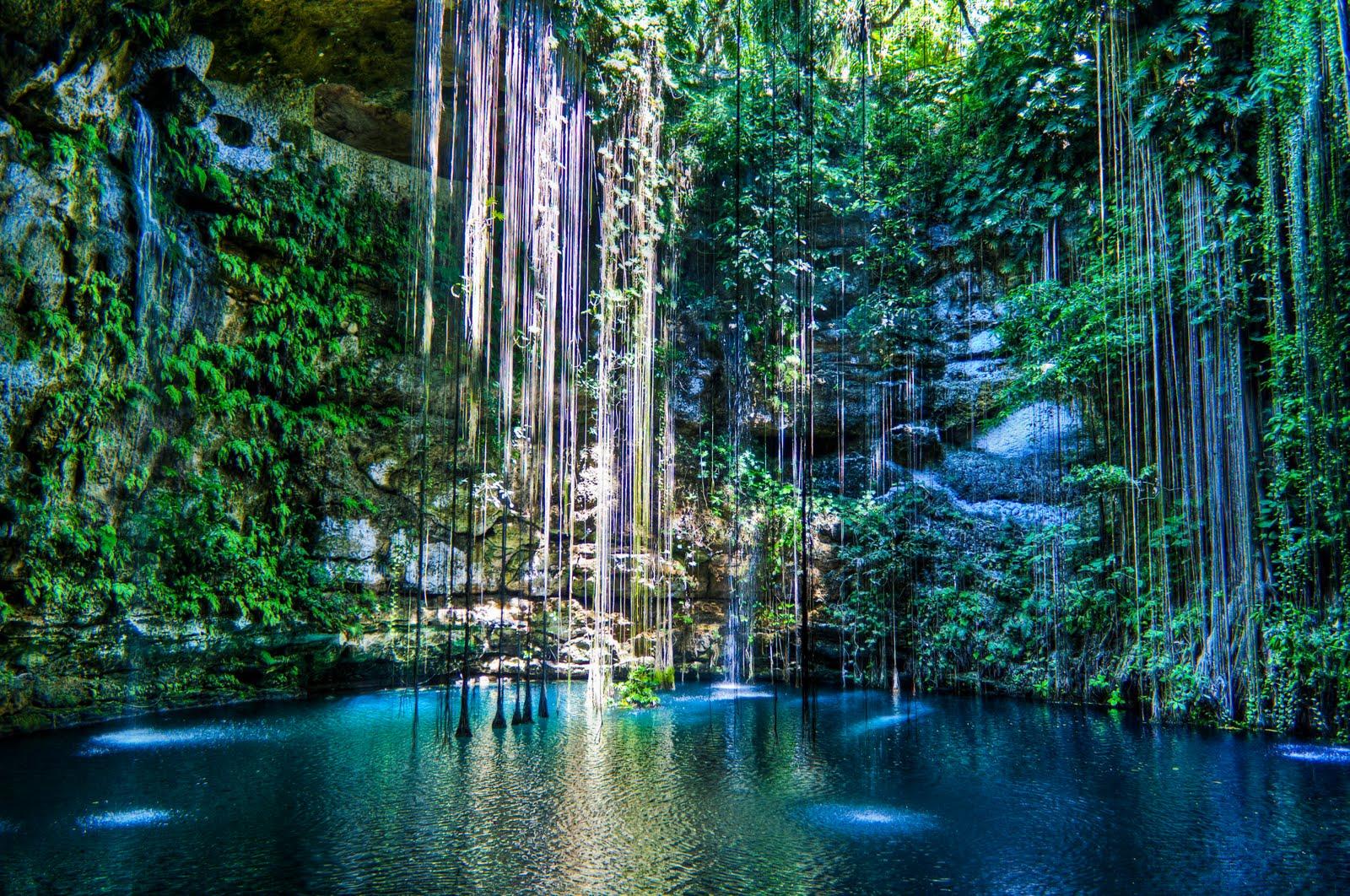 Ik-Kil-cenote-Yucatan-Mexico
