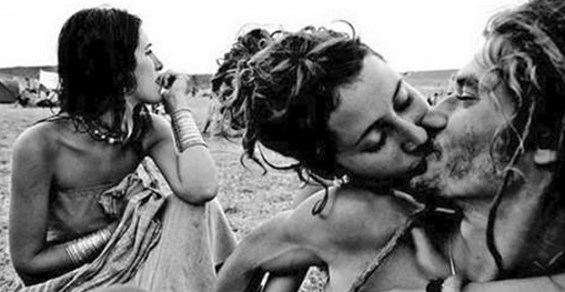 Hippies Kissing