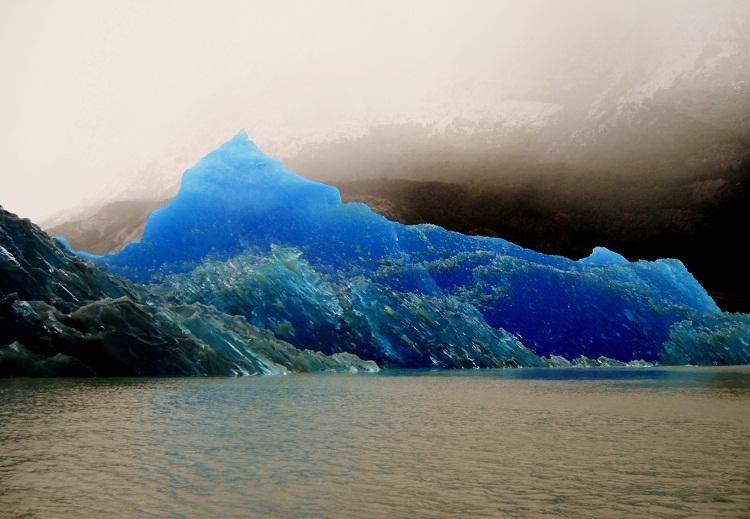 grey_glacier_blue_ice